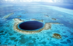 Le grand trou bleu de Belize